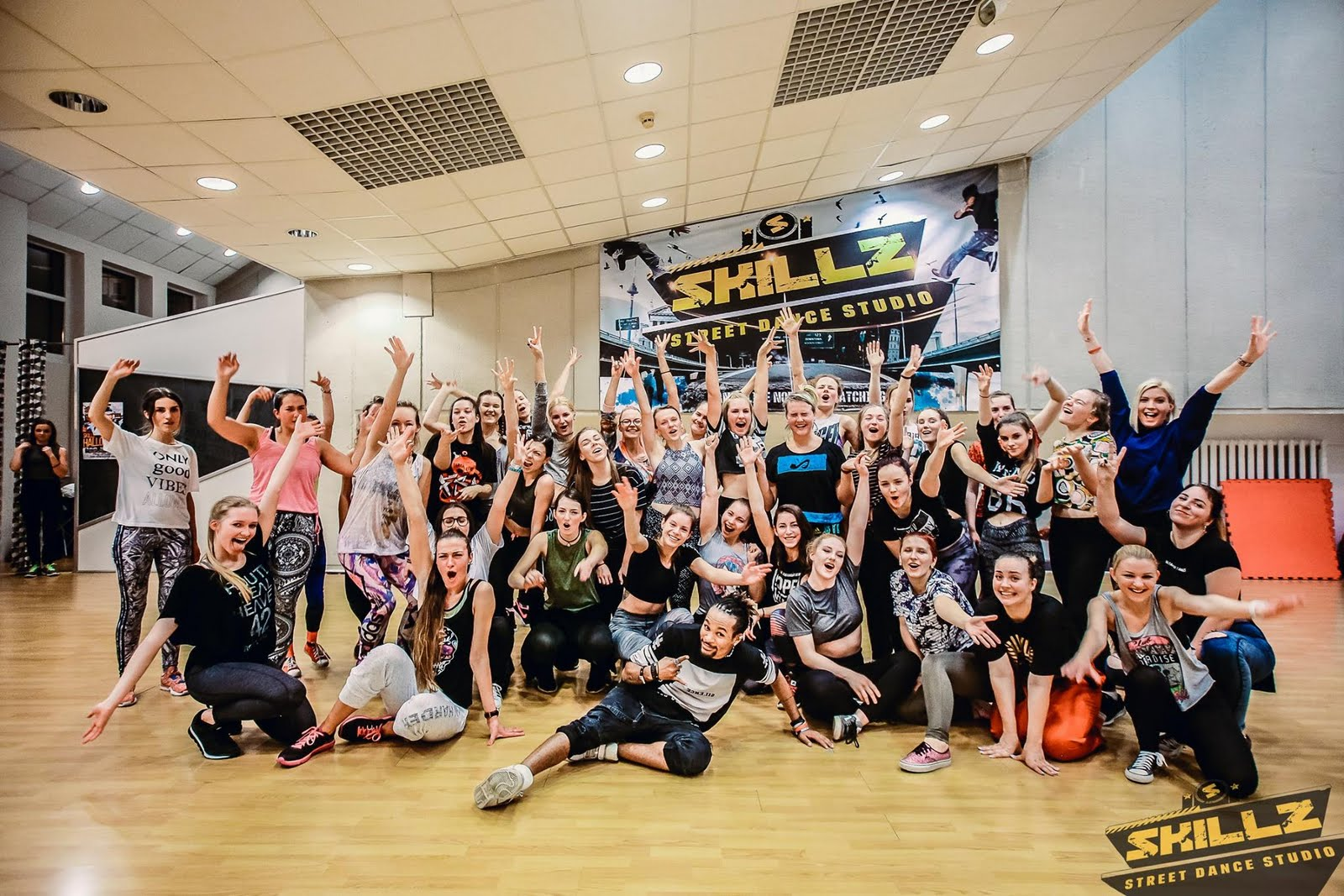 Dancehall workshop with Jiggy (France) - 54.jpg
