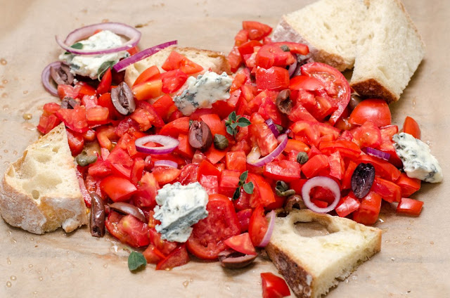 Salata cretana dakos
