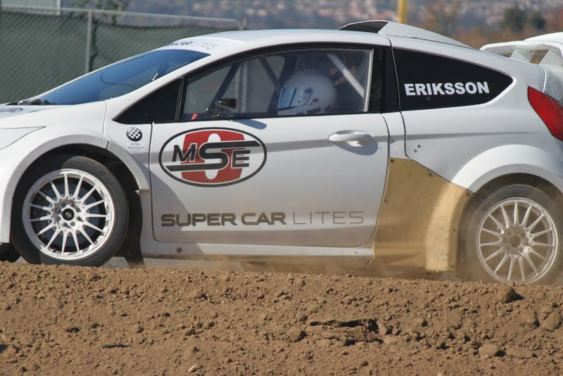 Geoff in Supercar Lite on dirt