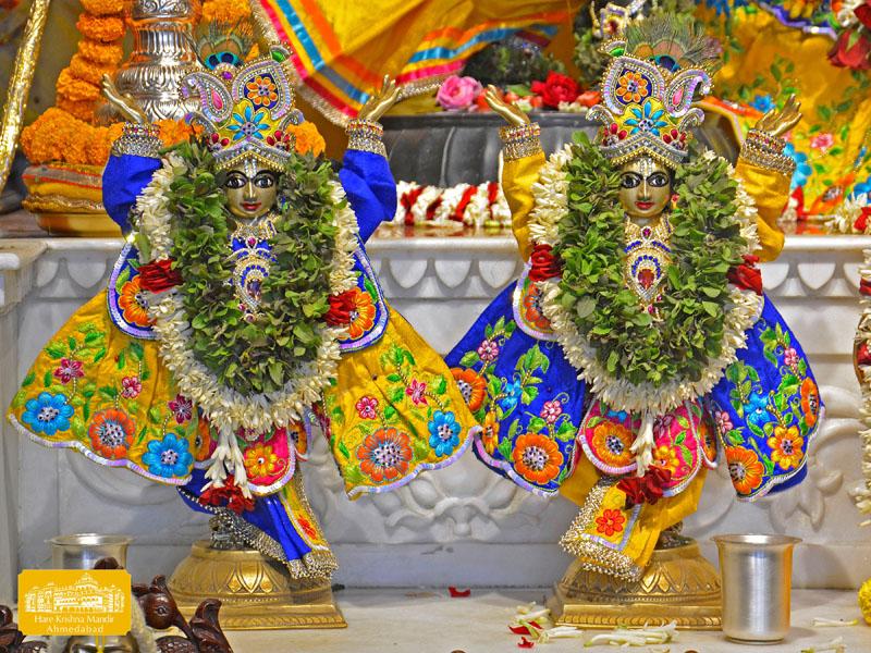 ISKCON Hare Krishna mandir Ahmedabad 09 Jan 2017 (9)