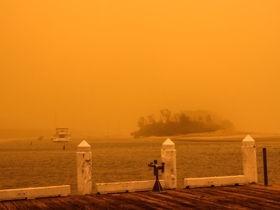 huskisson-dust-storm-2009-rob-slater