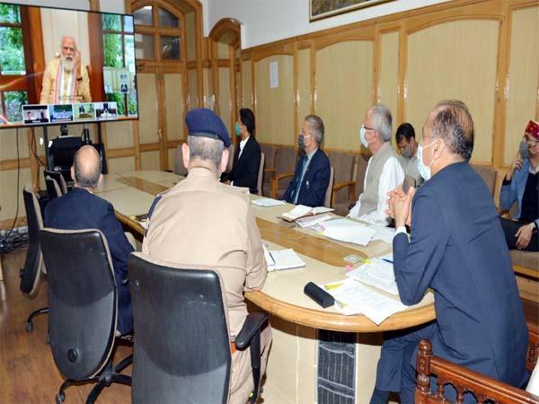 शिमला: अटल रोहतांग सुरंग को लेकर PM मोदी ने CM जयराम से की मंत्रणा