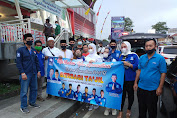 Kader Partai Amanat Nasional Kecamatan Cilaku Berbagi Ta'jil Di Bundaran Toserba Selamat