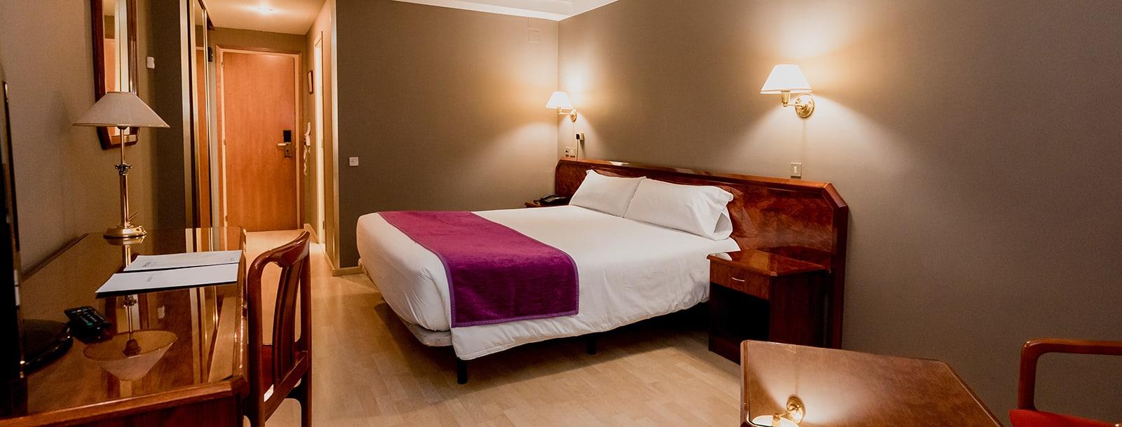 Quartos Hotel Tulip Inn Andorra Delfos