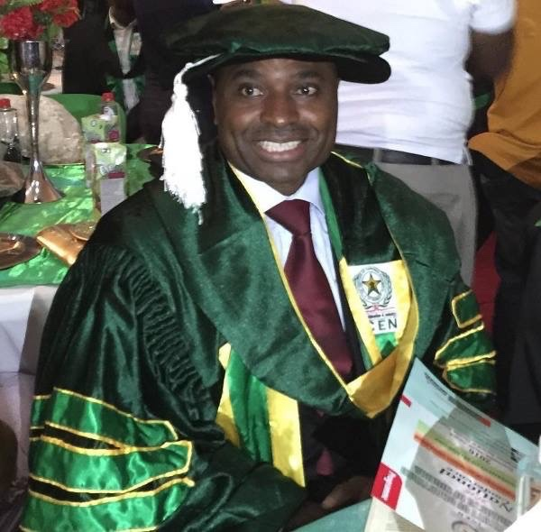 Nollywood actor Kenneth Okonkwo awarded Professional Doctorate Fellowship Award [PHOTOS] 1