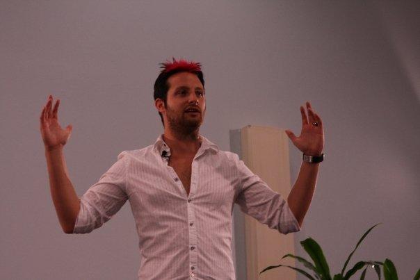 Pickup Artist Adam Lyons Speaks At Seminar 1, Afc Adam Lyons