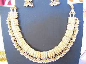 pearl Indian necklace $10.00