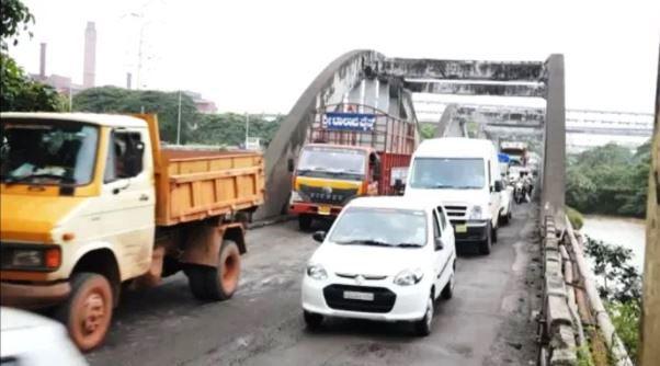 Kuloor Bridge Upgradation   ಕೂಳೂರು ಸೇತುವೆಗಳ ಮಧ್ಯೆ ಷಟ್ಪಥ ಸೇತುವೆ ನಿರ್ಮಾಣಕ್ಕೆ ಶನಿವಾರ ಶಿಲಾನ್ಯಾಸ