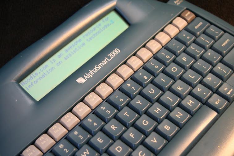 AlphaSmart 2000