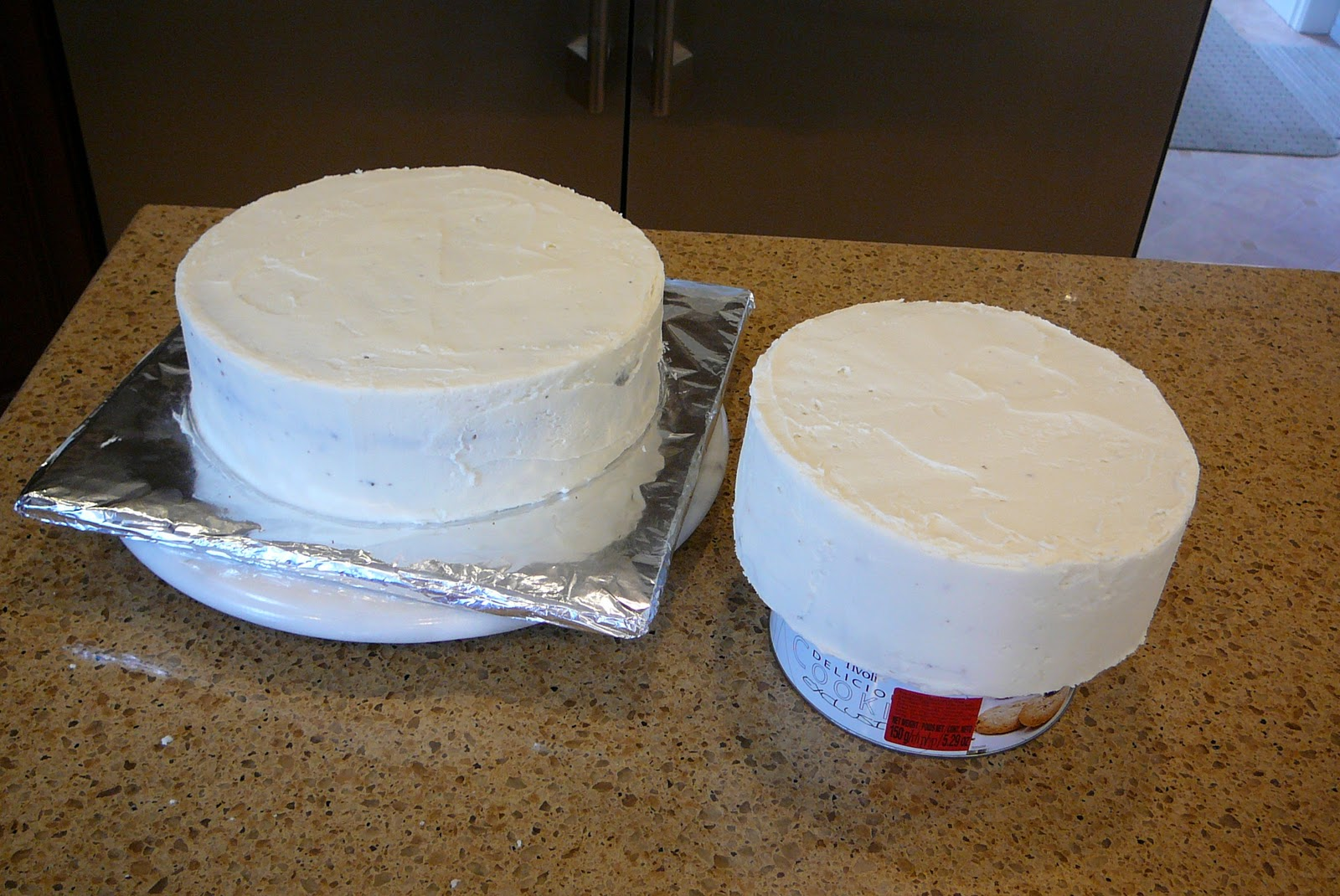 Cake Boss Dirty Icing : Rise and Bake!: Two Tier, Two Layer Chocolate Birthday ...