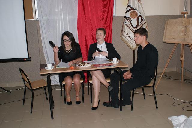 Pożegnanie klas 3 gimnazjum - DSC03140_1.JPG