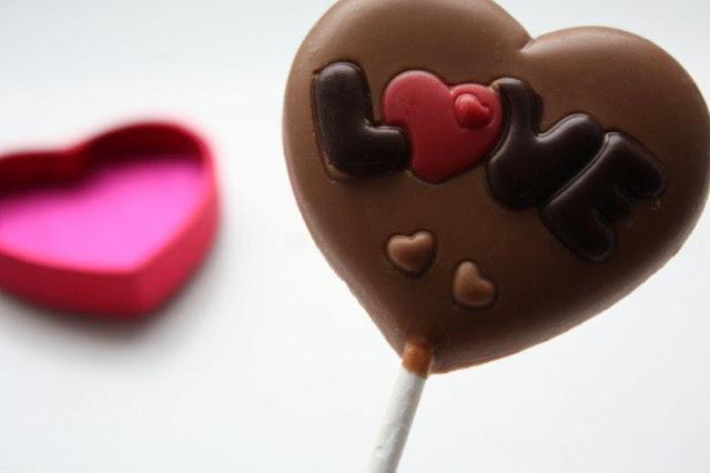 Piruleta de chocolate LOVE por el dia de San Valentin