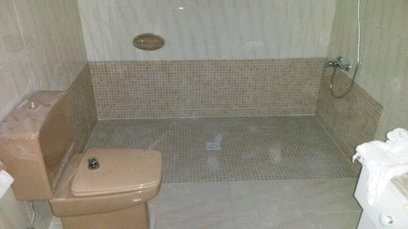 platos de ducha y duchas de obra  34 (43)