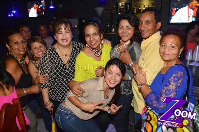 Latina 92.3fm Presenta 2do Festival de Karaoke @ Different Bar 4 April 2015 - Image_18.JPG