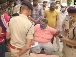 Pappu Yadav Arrested: समर्थकों ने वजह पूछी तो भड़की पुलिस, कहा- 'नहीं बताएंगे, जहां जाना है जाओ'
