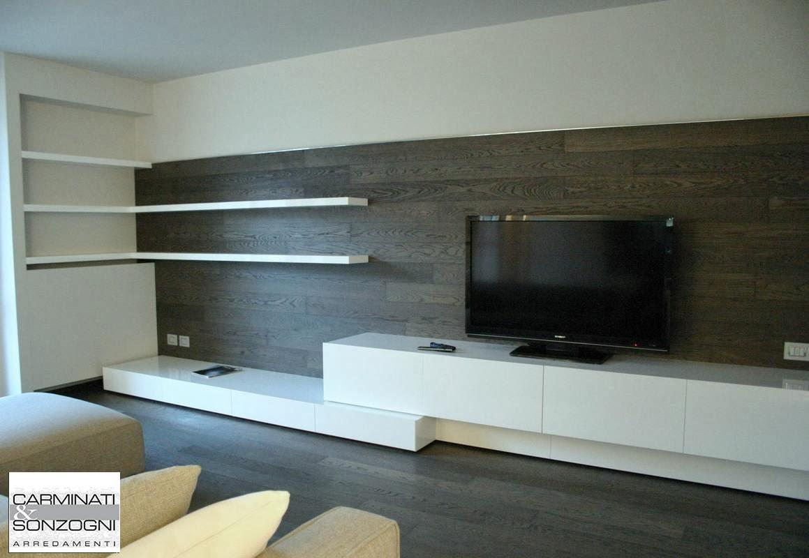 Idee per coprire muro esterno awesome rivestire muro esterno con legno soggiorno con faretti - Rivestire parete in legno ...