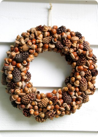 pinecone acorn wreath