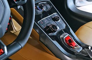 2015-Lamborghini-Huracan-13