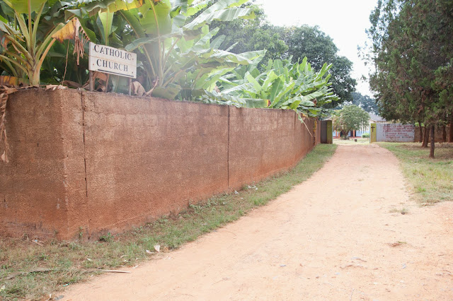 Ks. Józef Matyjek, SJ pisze z Polski, że żegna się z Mumbwa, Zambia po 13 latach - _DA32039c.jpg