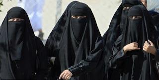Suisse:Une large majorité pour l'interdiction de la burqa (sondage)