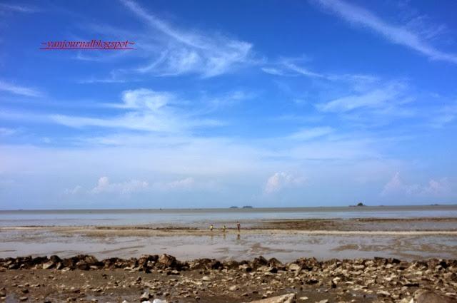 Pantai-Remis-Beach