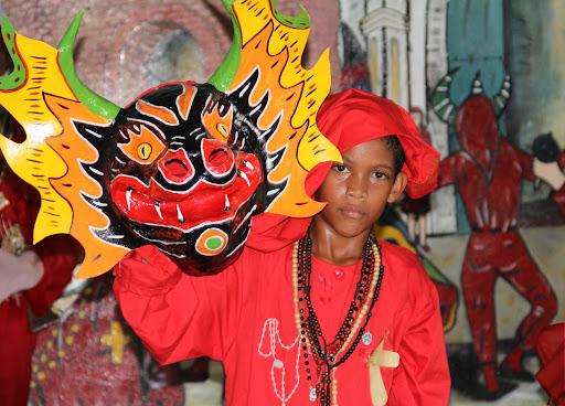 Diablito de Yare con máscara en el día de Corpus Christi en San Francisco de Yare, Municipio Bolivar, Miranda Venezuela