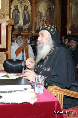 Pope Shenouda visit to St Mark - 2005 - pope_shenouda_at_st_mark_25_20090524_1299058687.jpg