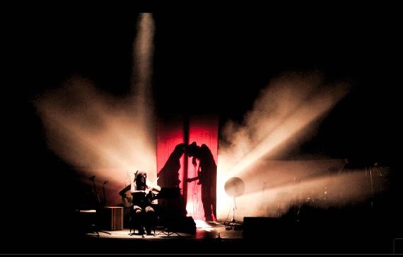 'A través de la luz ' ópera flamenca en el Fernán Gómez