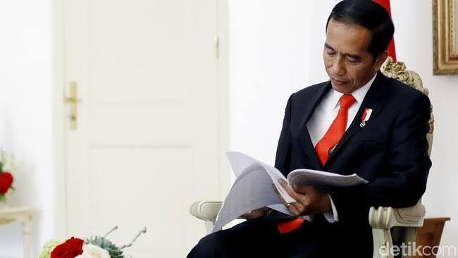 Jokowi Diramal Wariskan Utang Rp10 Ribu Triliun di Akhir Jabatan