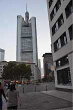 Photo: Frankfurt - new tower
