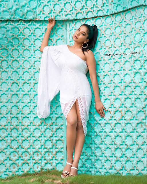 Actress Sakshi Agarwal