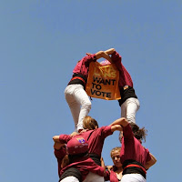 Castells Catalans Want to vote 8-06-14 - IMG_1956.JPG