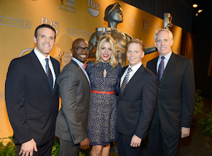 Photo: SAG Awards Committee Member Woody Schultz, Presenter Taye Diggs, SAG Awards Social Media Ambassador Busy Philipps, SAG-AFTRA Executive Vice President Ned Vaughn and SAG Awards Committee Vice Chair Daryl Anderson  Credit: Michael Buckner