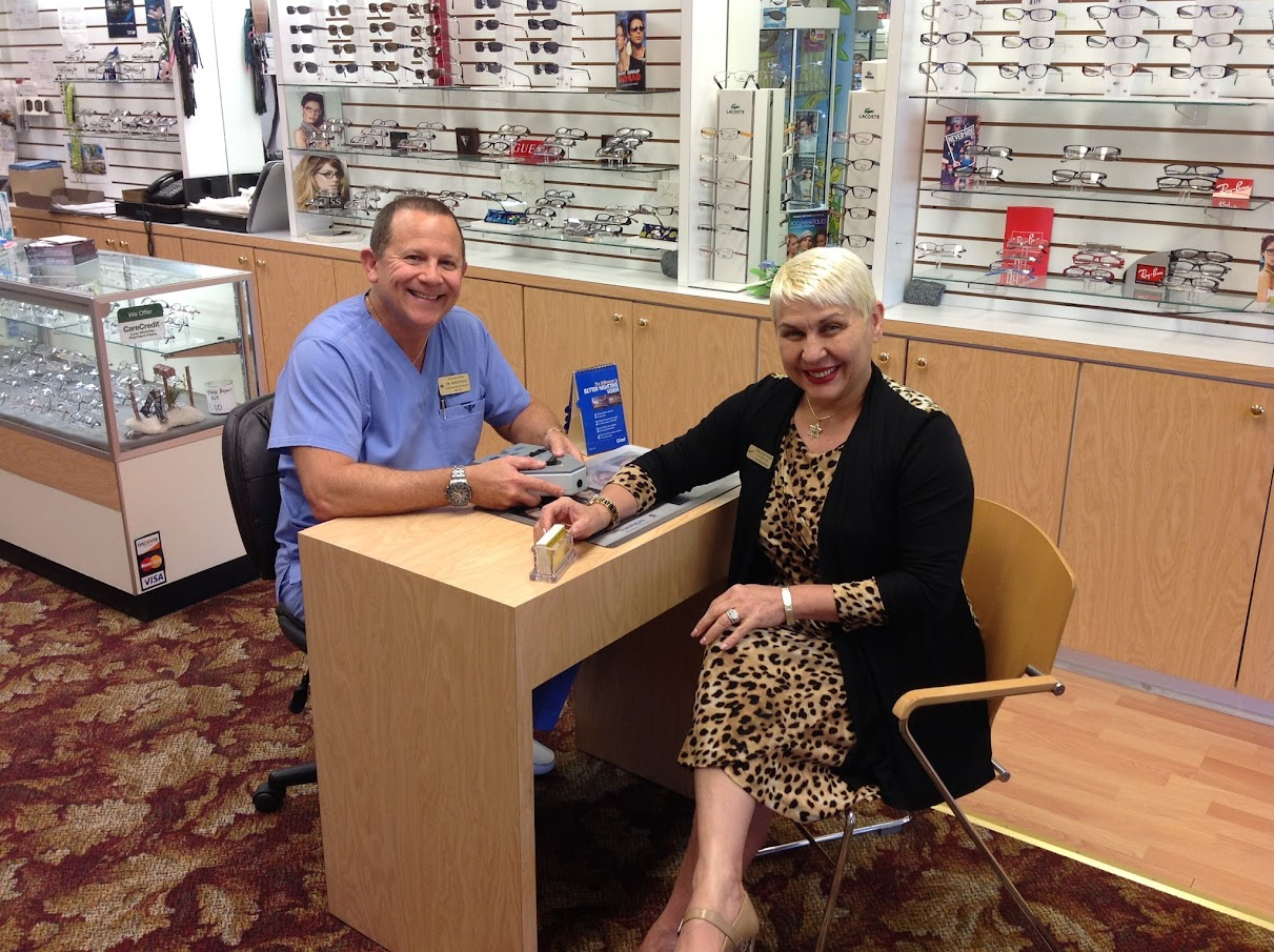 Optometrist Fort Lauderdale | Wise Eyes Optical at 10049 Cleary Blvd, Plantation, FL
