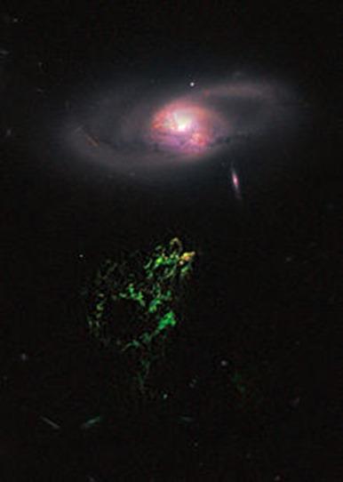 IC 2497 e Hanny's Voorwerp