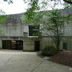 Musée départemental de Préhistoire d'Île-de-France : entrée du public