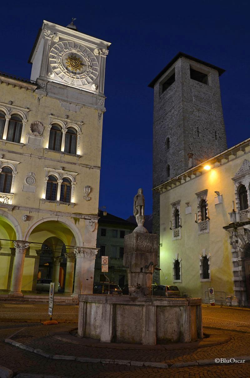 Piazza Duomo Belluno 06 01 2015 N5
