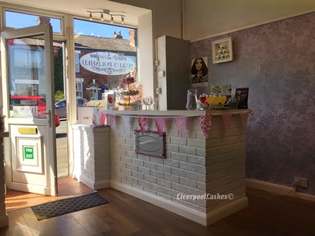 liverpoollashes beauty blog salon decor inspiration from pinkies polished chorley. Black Bedroom Furniture Sets. Home Design Ideas