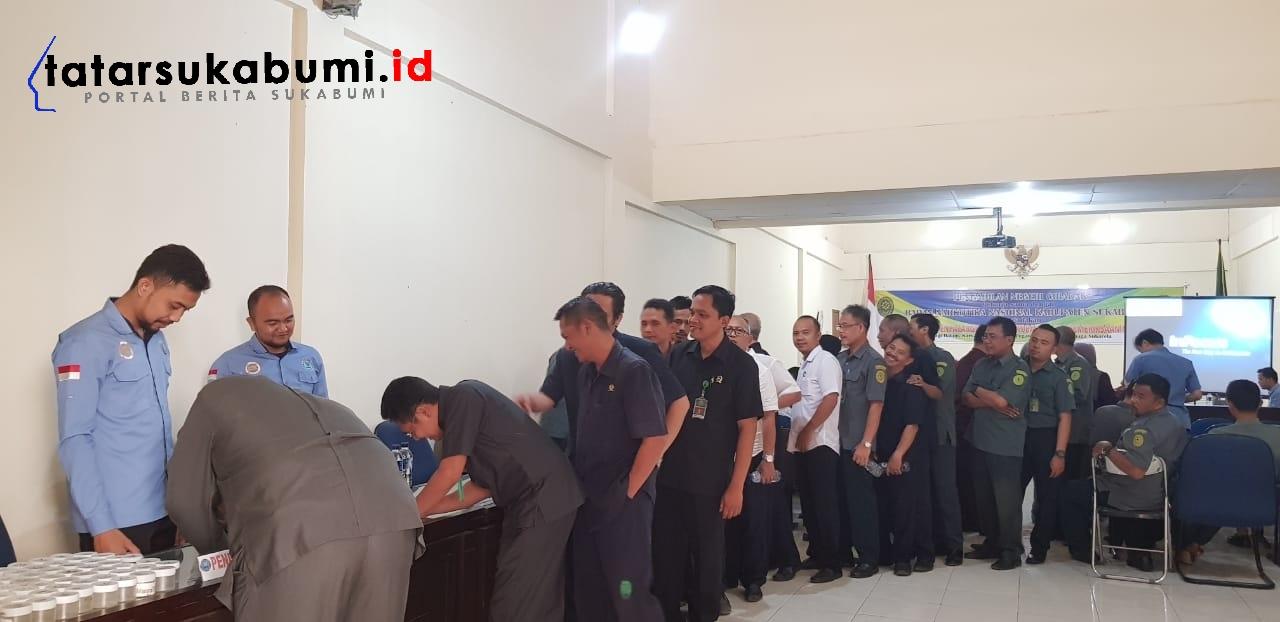 BNNK Sukabumi Test Urine Hakim dan Jajaran Pengadilan Negeri Cibadak