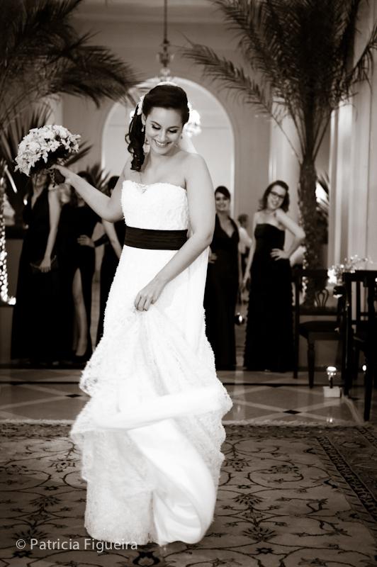 Foto de casamento 0394pb de Nina e Guga. Marcações: 24/09/2011, Carol Hungria Vestido, Casamento Nina e Guga, Fotos de Vestido, Rio de Janeiro, Vestido, Vestido de Noiva.