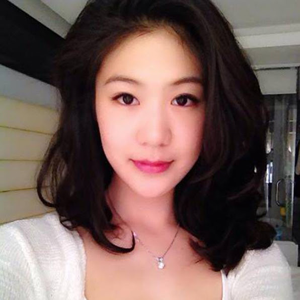 3 nu phi cong Viet xinh nhu <a target='_blank' href='http://gaixinh.blogsudo.com'>hot girl</a>