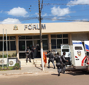 Mãozinha está sendo julgado hoje (17), por triplo homicídio em Esperantinópolis.
