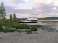 En lagom stor båt för att ha i Ångesjön?!?