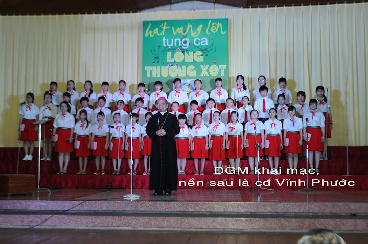 Thánh ca mừng Chúa Giáng sinh tại Giáo xứ Vĩnh Phước