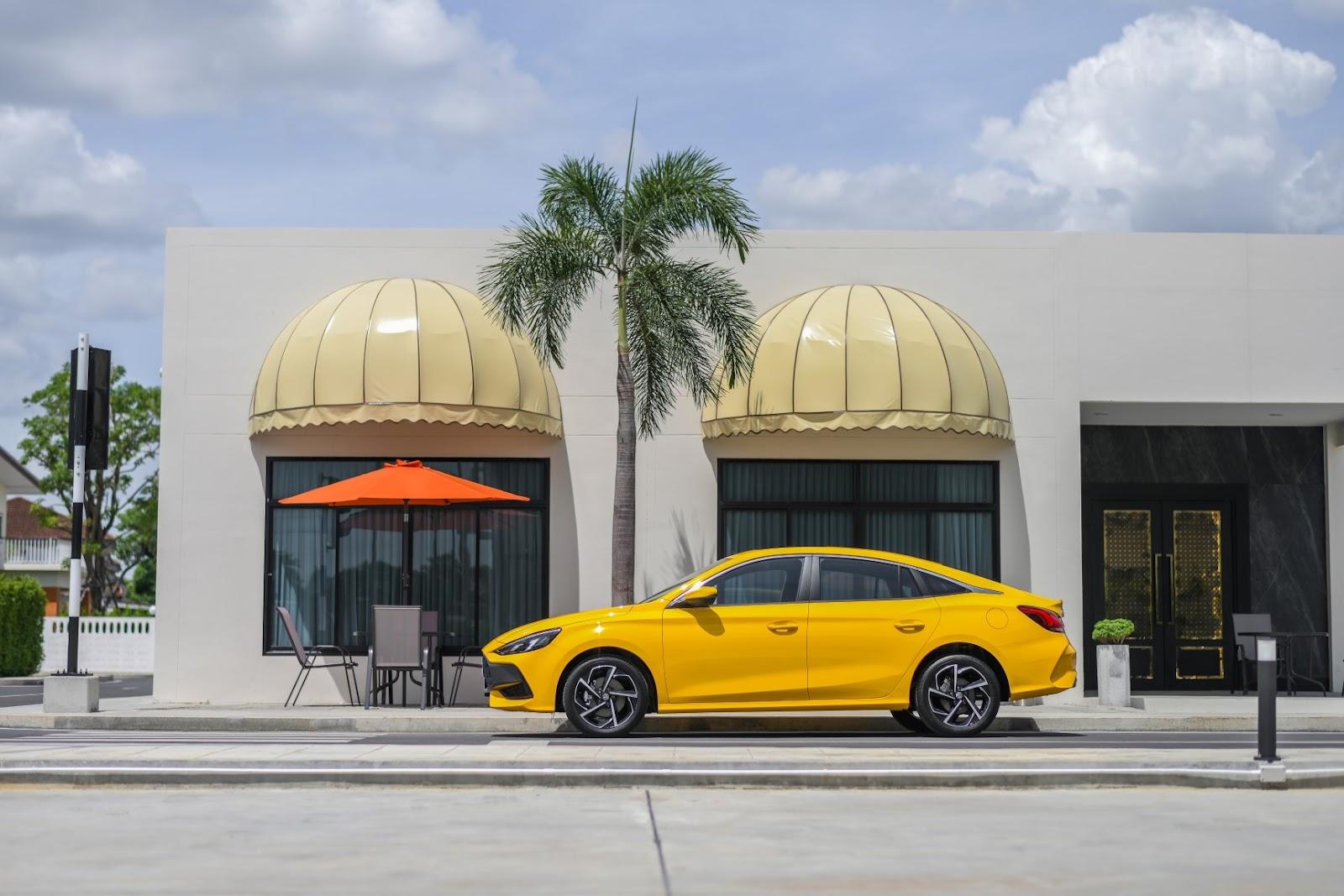 MG เปิดตัว ALL NEW MG5 ด้วยแนวคิด BEYOND รถยนต์สไตล์สปอร์ตคูเป้ซีดาน ตอบโจทย์คนรุ่นใหม่ด้วยความเหนือชั้นกว่าเทียบชั้นรถยนต์ในกลุ่ม C-Sedan ในราคาเริ่มต้นเพียง 559,000 บาท