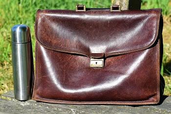 Tips Mudah Merawat Jaket Tas Dan Sepatu dari Bahan Kulit