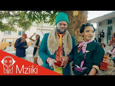 "VIDEO: Simi & Falz – ""Foreign"""