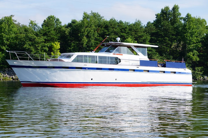 Chris-Craft Roamer Express