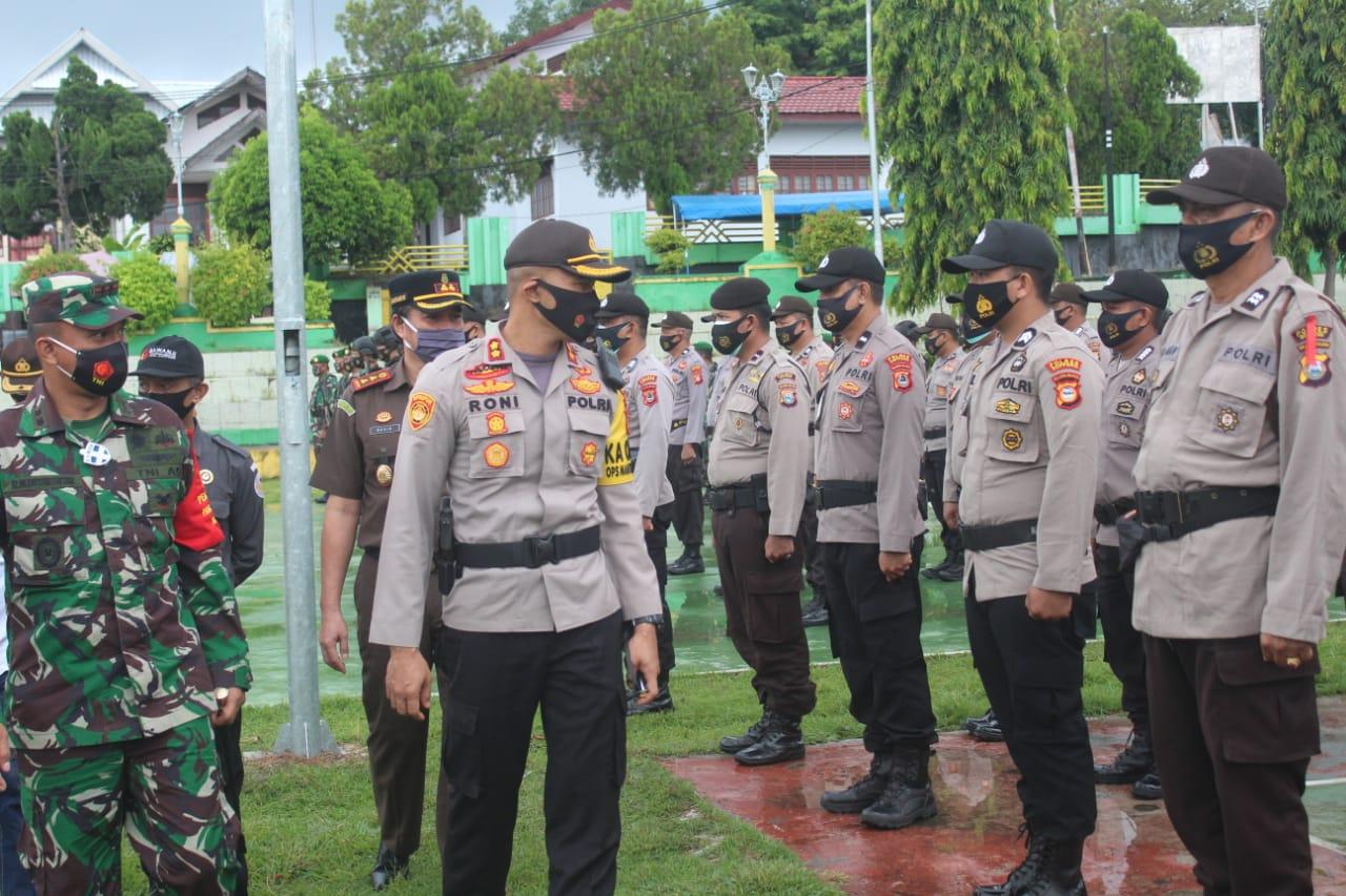 Kapolres Soppeng Pimpin Apel Pergeseran Personil Pengamanan TPS
