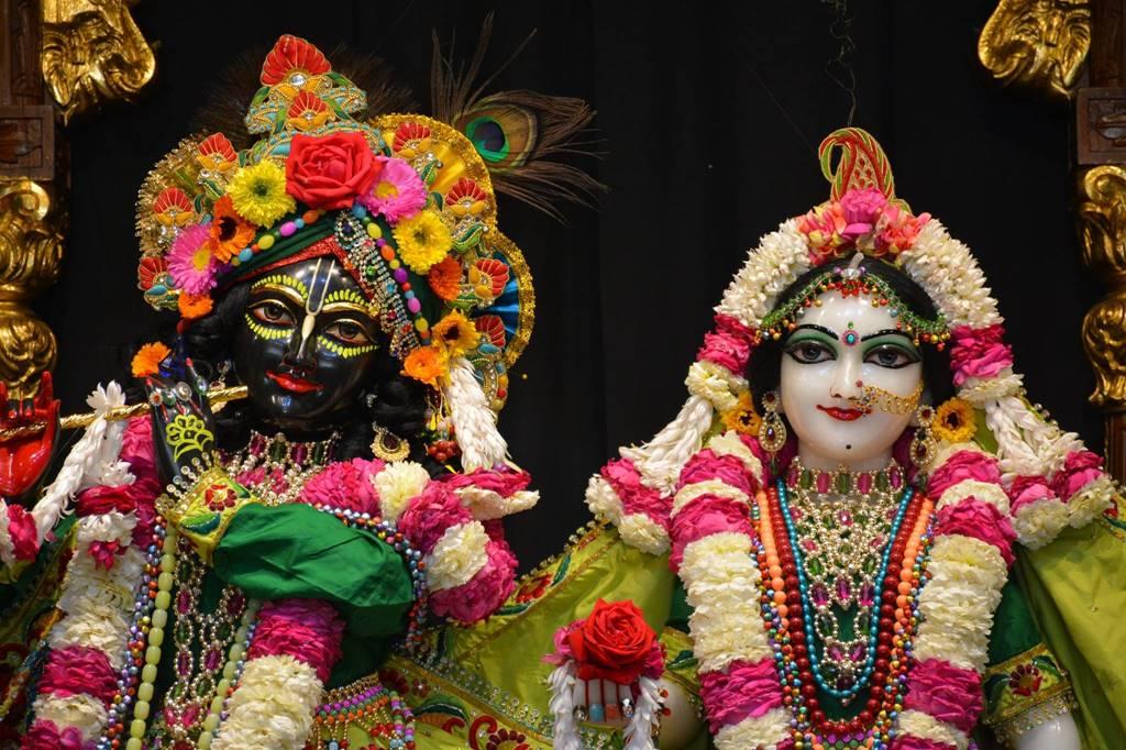 ISKCON Ujjain Deity Darshan 03 Feb 2016 (4)